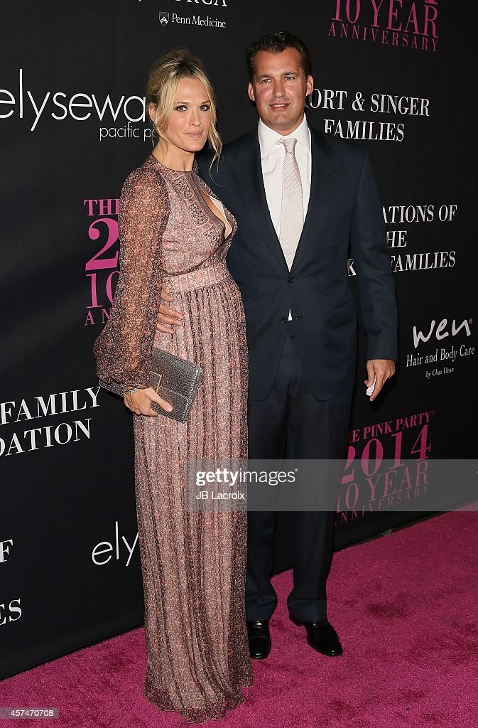 Molly Sims and Scott Stuber attend Elyse Walker presents the 10th anniversary Pink Party hosted by Jennifer Garner and Rachel Zoe at HANGAR 8 on...