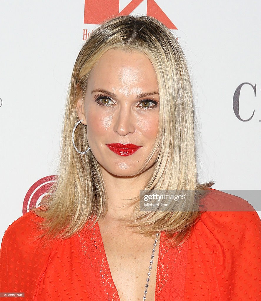 Molly Sims arrives at The Helping Hand of Los Angeles' 87th Anniversary Mother's Day luncheon held at the Beverly Wilshire Four Seasons Hotel on May 6, 2016 in Beverly Hills, California.