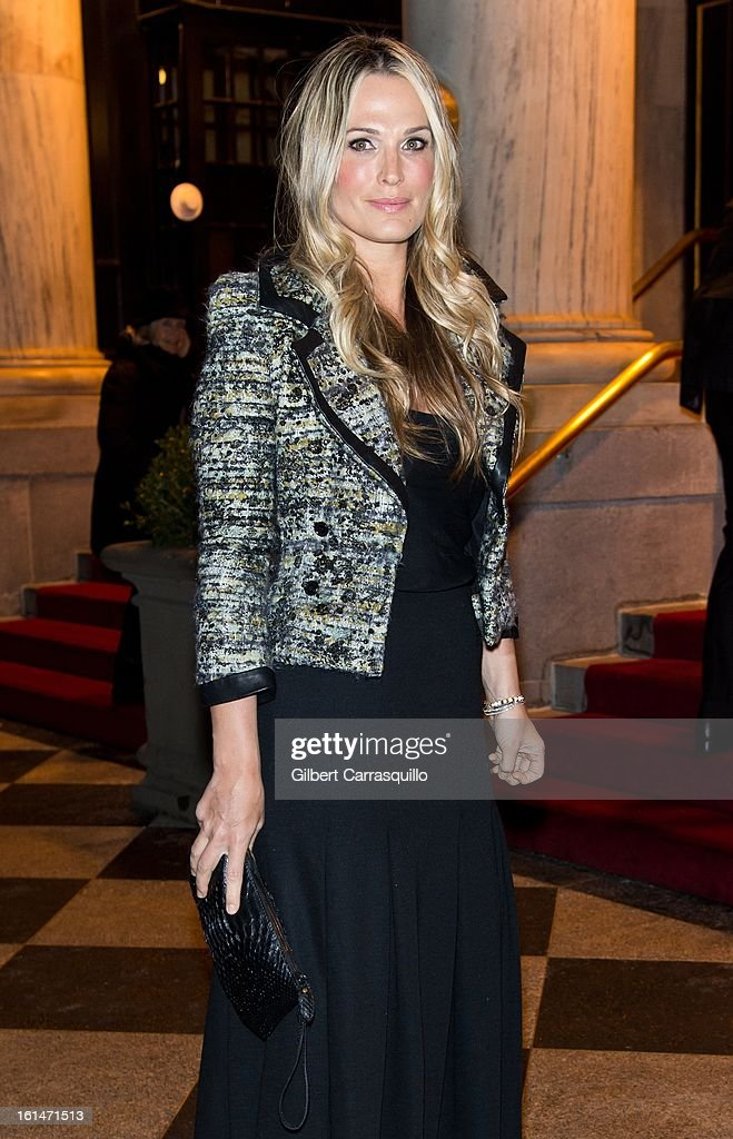Molly Sims arrives at the Zac Posen Fall 2013 Mercedes-Benz Fashion Show at The Plaza Hotel on February 10, 2013 in New York City.