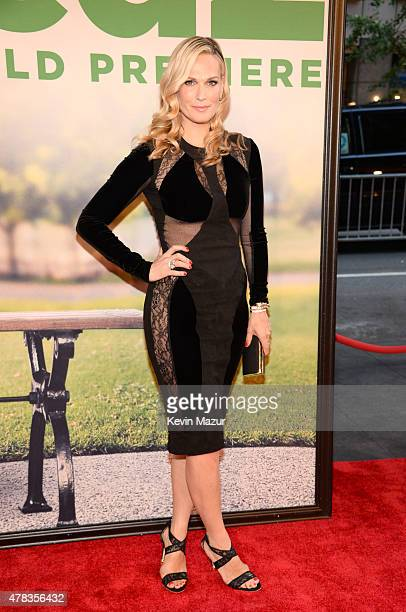 Molly Sims attends the New York Premiere of 'Ted 2' at Ziegfeld Theater on June 24 2015 in New York City
