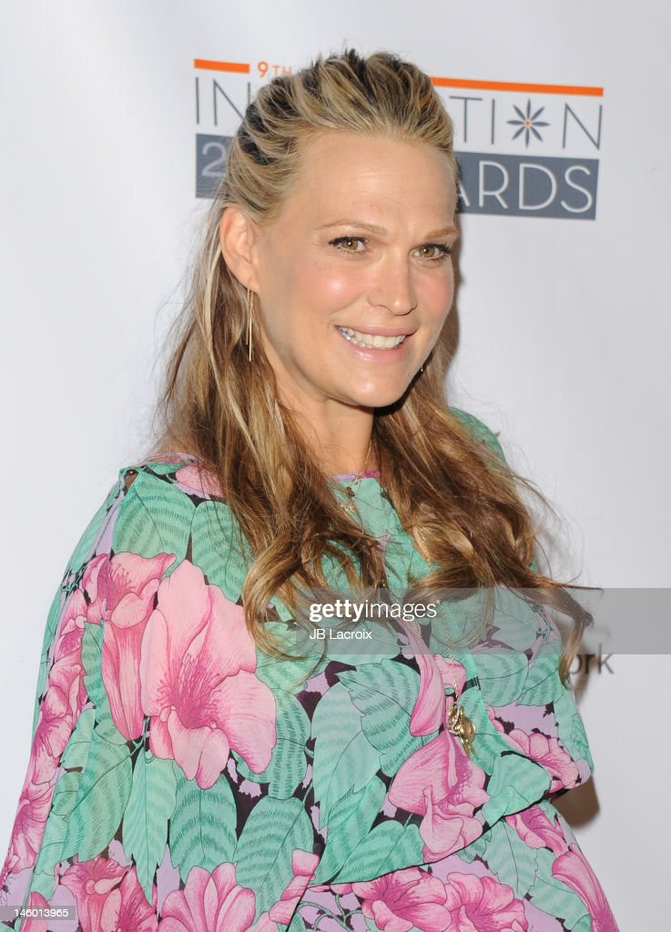 Molly Sims attends the StepUp Women's Network 9th Annual Inspiration Awards at The Beverly Hilton Hotel on June 8, 2012 in Beverly Hills, California.