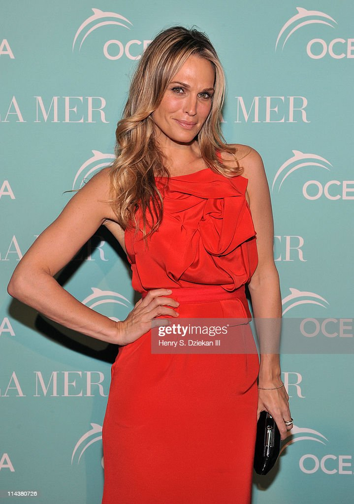 Molly Sims attends World Ocean Day 2011 celebrated by La Mer and Oceana at Affirmation Arts on May 18, 2011 in New York City.