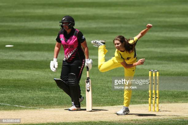 Molly Strano of Australia bowls during the Women's Twenty20 International match between the Australia Southern Stars and the New Zealand White Ferns...