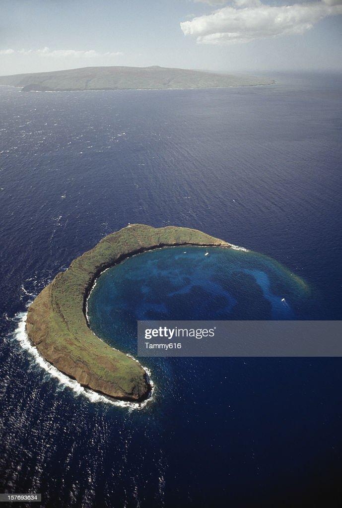 Dormant volcanic island off Maui, Hawaii