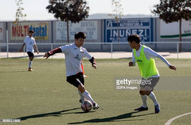 FIELD ILLESCAS TOLEDO SPAIN A moment of the training for the young players The town of Illescas in Toledo in Spain welcomed a football team of South...