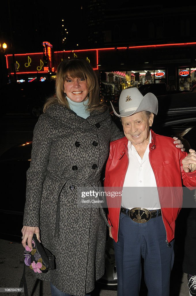 Mona Dickens with Husband Little Jimmy Dickens attends Little Jimmy Dicken's Birthday Party at Rippy's Bar & Grill on January 19, 2011 in Nashville, Tennessee.
