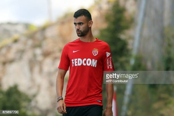 Monaco L1 football club's newlyrecruited French midfielder Rachid Ghezzal arrives for a training session on August 11 2017 in La Turbie near Monaco /...