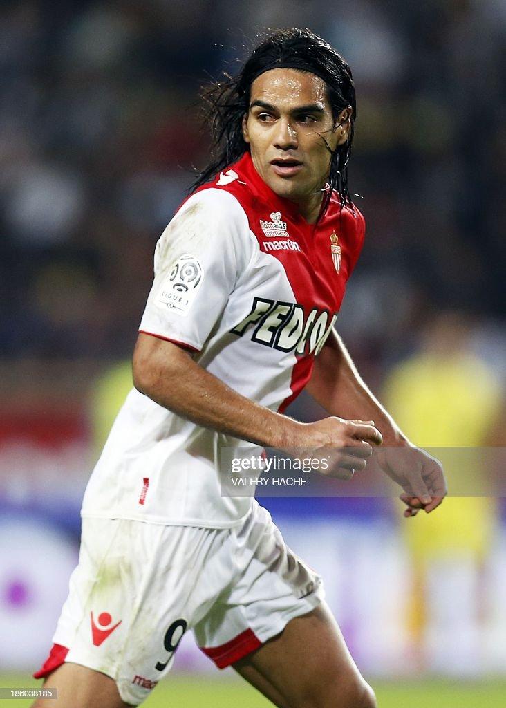 Monaco's Colombian forward <a gi-track='captionPersonalityLinkClicked' href=/galleries/search?phrase=Radamel+Falcao&family=editorial&specificpeople=3022104 ng-click='$event.stopPropagation()'>Radamel Falcao</a> controls the ball during the French L1 football match Monaco (ASM) vs Lyon (OL) on October 27, 2013 at the Louis II Stadium in Monaco.