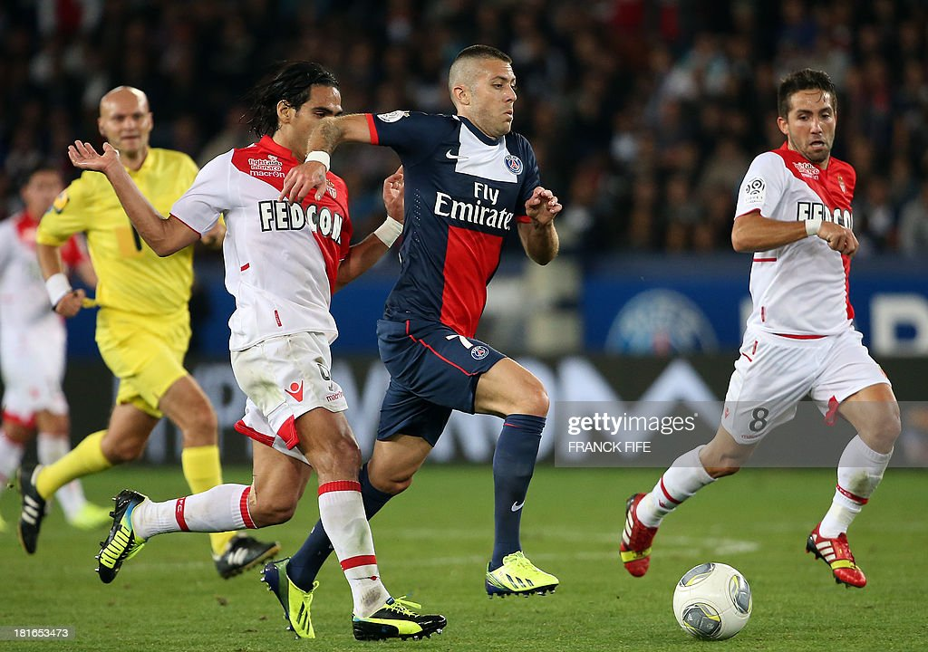 Monaco's Colombian forward <a gi-track='captionPersonalityLinkClicked' href=/galleries/search?phrase=Radamel+Falcao&family=editorial&specificpeople=3022104 ng-click='$event.stopPropagation()'>Radamel Falcao</a> (L) vies with Paris Saint-Germain's French midfielder Jeremy Menez (C) during the French L1 football match between Paris Saint-Germain and AS Monaco at the Parc des Princes Stadium in Paris on September 22, 2013.