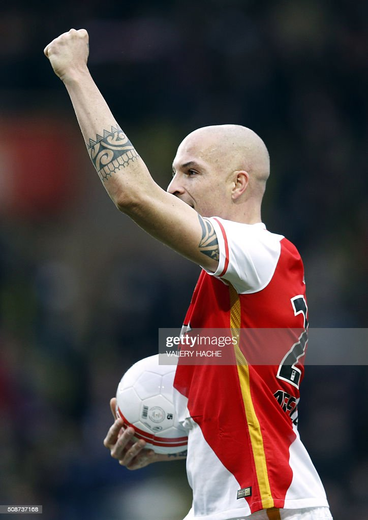 Monaco's Italian defender Andrea Raggi celebrates at the end of the French L1 football match between Monaco (ASM) and Nice (OGCN) at Louis II Stadium in Monaco on February 6, 2016. AFP PHOTO / VALERY HACHE / AFP / VALERY HACHE