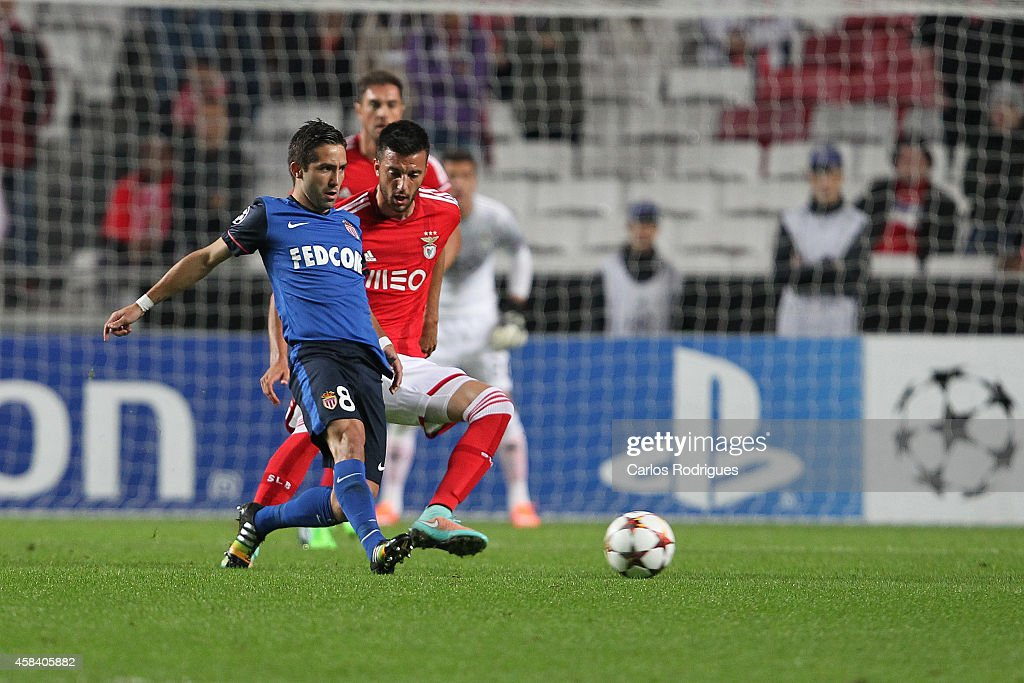 Monaco's midfielder Joao Moutinho vies with Benfica's midfielder Andreas Samaris during the UEFA Champions League match between SL Benfica and AS Monaco at the Estadio da Luz on November 4, 2014 in Lisbon, Portugal.