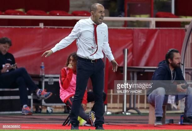 Monaco's Portuguese coach Leonardo Jardim reacts during the French L1 football match between Monaco and Montpellier on September 29 2017 at the...