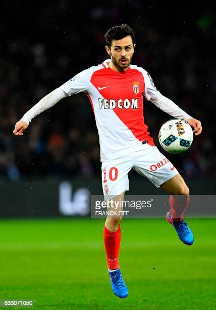 Monaco's Portuguese midfielder Bernardo Silva controls the ball during the French L1 football match between Paris SaintGermain and Monaco at the Parc...
