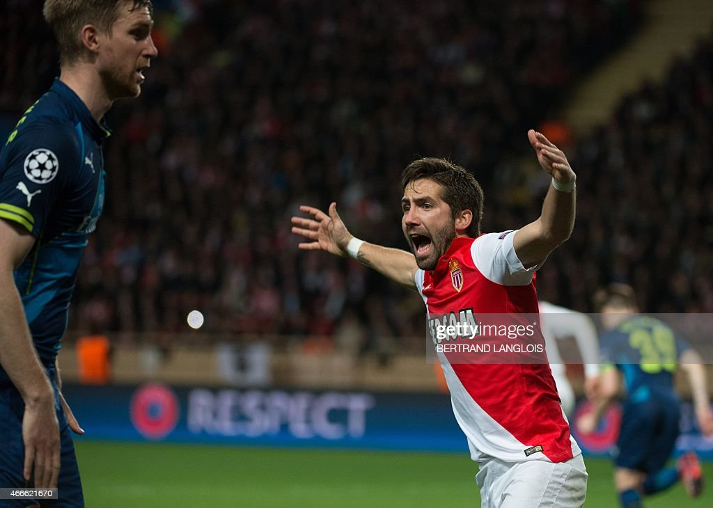 Monaco's Portuguese midfielder Joao Moutinho reacts during the UEFA Champions League football match Monaco vs Arsenal, on March 17, 2015 at Louis II stadium in Monaco. AFP PHOTO / BERTRAND LANGLOIS