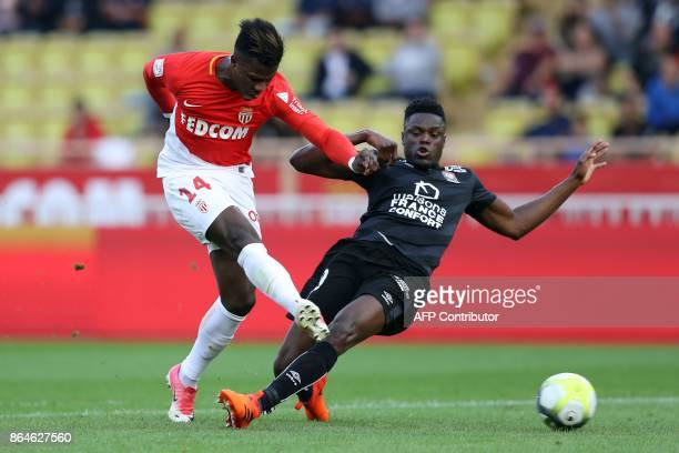 Monaco's Spanish forward Keita Balde shoots to score a goal during the French L1 football match Monaco vs Caen on October 20 2017 at the 'Louis II...