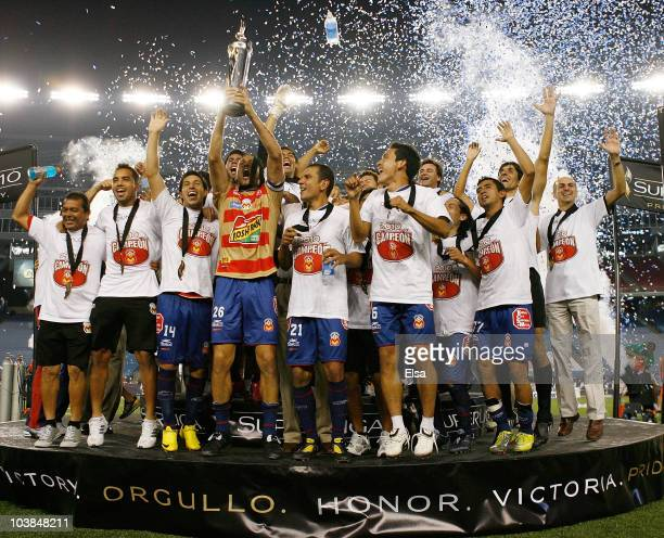 Monarcas Morelia celebrates the win over the New England Revolution to win the SuperLiga 2010 championship game on September 1 2010 at Gillette...