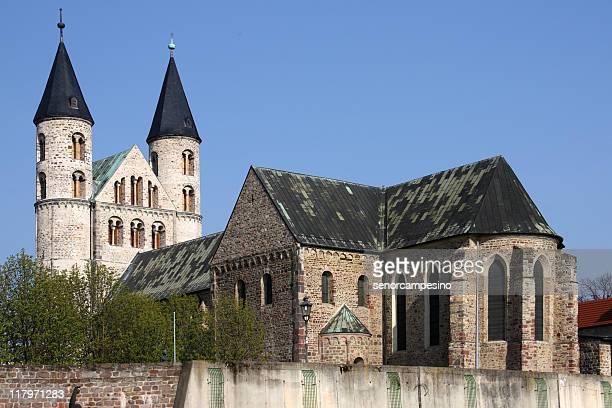 Kloster Unsere Lieben Women