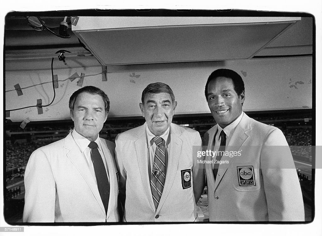 Monday Night Football broadcasters Frank Gifford, Howard Cosell and O.J. Simpson pose for a photo before the Minnesota Vikings game against the San Francisco 49ers at the Metrodome on September 8, 1983 in Minneapolis, Minnesota. The Niners defeated the Vikings 48-17.