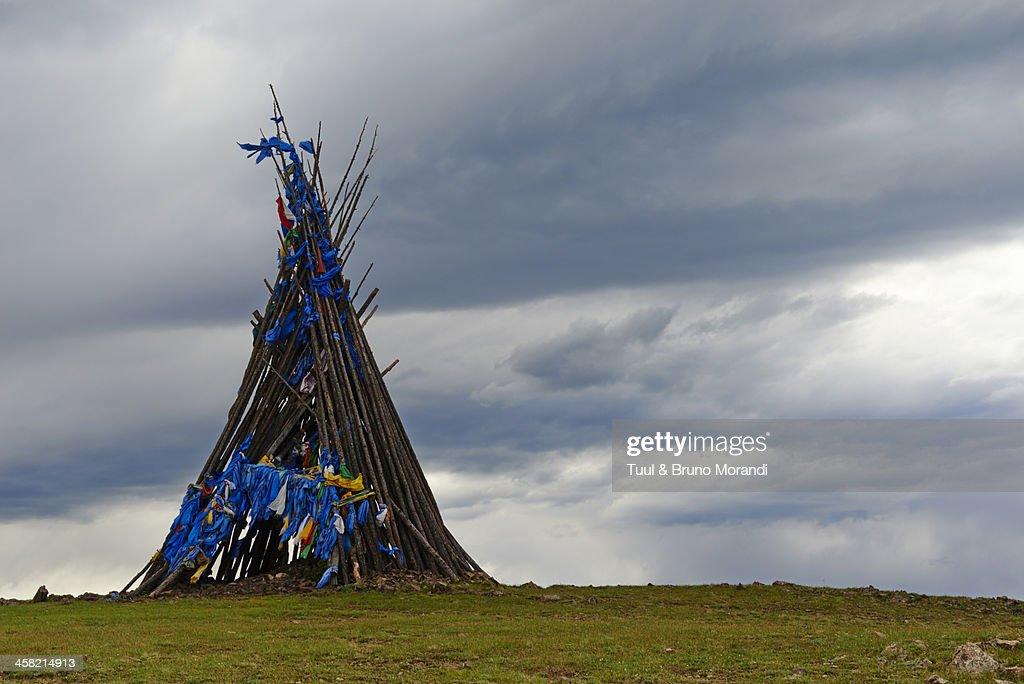 Mongolia, Arkhangai, Ovo, buddhist monument