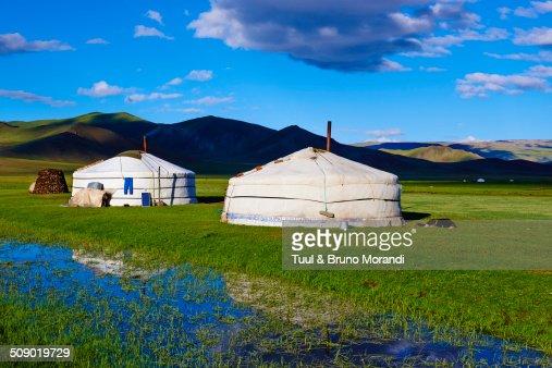 Mongolia, Bayankhongor, nomad camp