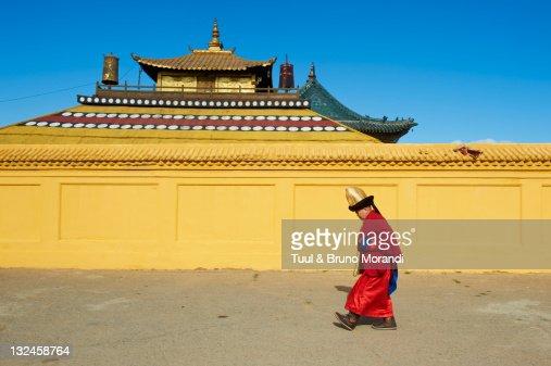 Mongolia, Ulan Bator, Monk at Gandan monastery