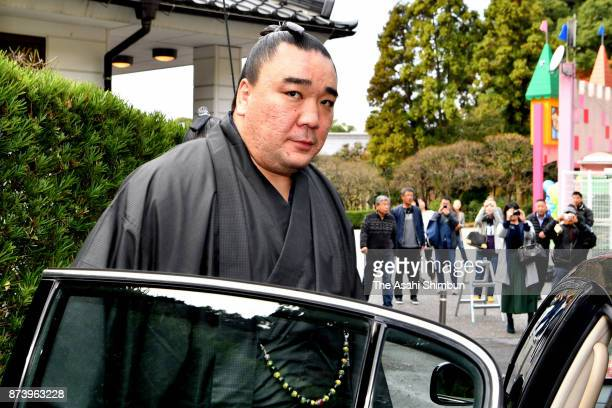 Mongolian Yokozuna Harumafuji is seen on departure at the temporary stable quarters to meet Takanoiwa and his stablemaster Takanohana on November 14...