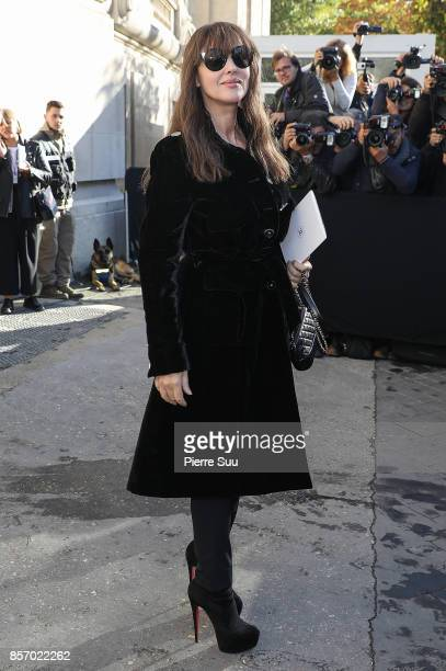 Monica Bellucci arrives at the Chanel show as part of the Paris Fashion Week Womenswear Spring/Summer 2018 on October 3 2017 in Paris France
