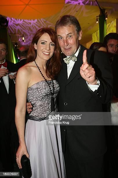 Monica Lierhaus Und Jörg Wontorra Bei Der Aftershowparty Nach Der 42 Verleihung Der 'Goldenen Kamera' In Berlin