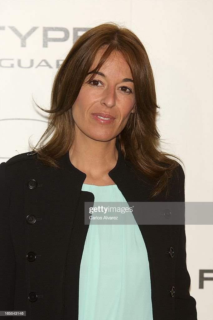 <a gi-track='captionPersonalityLinkClicked' href=/galleries/search?phrase=Monica+Martin+Luque&family=editorial&specificpeople=5573559 ng-click='$event.stopPropagation()'>Monica Martin Luque</a> presents the new Jaguar F-Type at the Museo del Traje on April 4, 2013 in Madrid, Spain.