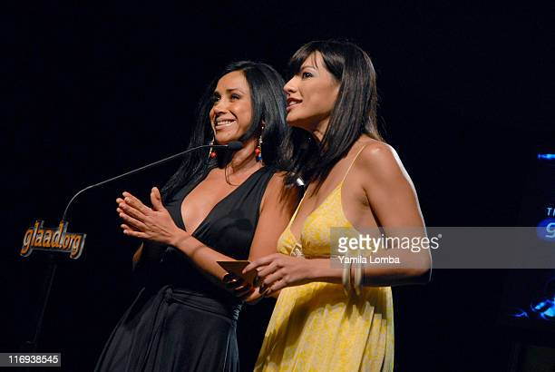 Monica Noguera and Candela Ferro Announcing Outstanding Magazine Overall Coverage