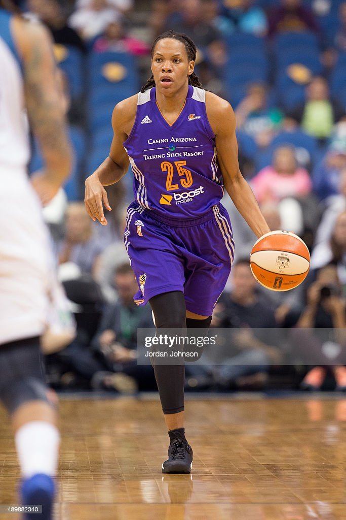 Monique Currie of the Phoenix Mercury dribbles the ball against the Minnesota Lynx during Game One of the WNBA Western Conference Finals on September...