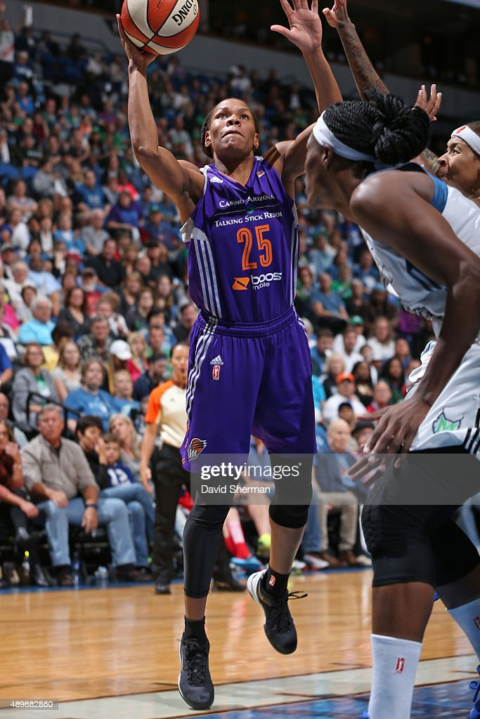 Monique Currie of the Phoenix Mercury shoots the ball against the Minnesota Lynx during Game One of the WNBA Western Conference Finals on September...