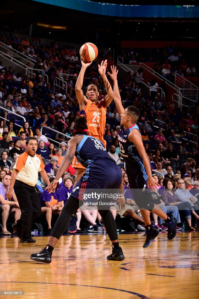 Monique Currie #25 of the Phoenix Mercury shoots the ball against the Atlanta Dream on September 3, 2017 at Talking Stick Resort Arena in Phoenix, Arizona.