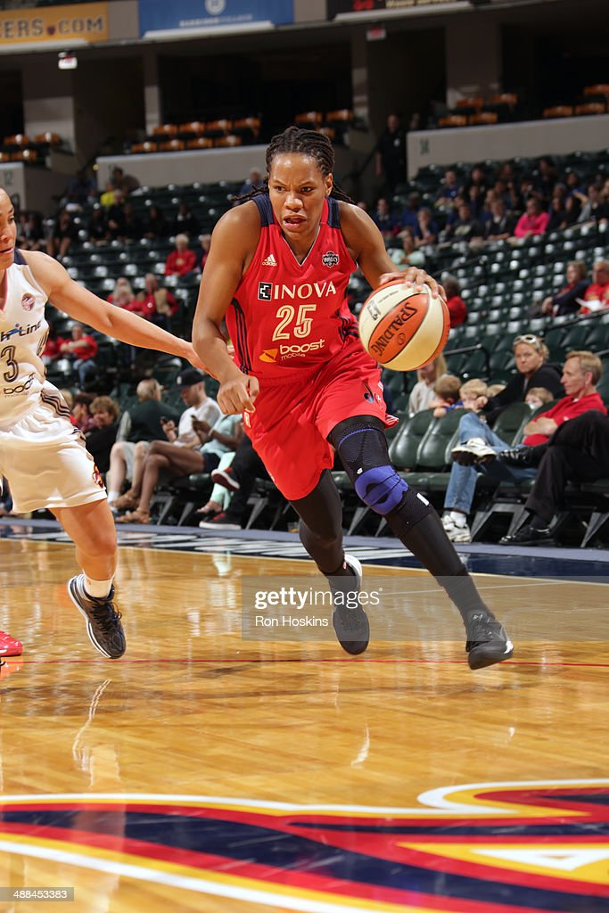 <a gi-track='captionPersonalityLinkClicked' href=/galleries/search?phrase=Monique+Currie&family=editorial&specificpeople=553598 ng-click='$event.stopPropagation()'>Monique Currie</a> #25 of the Washington Mystics drives to the basket against the Indiana Fever during the WNBA pre-season game on May 6, 2014 at Bankers Life Fieldhouse in Indianapolis, Indiana.