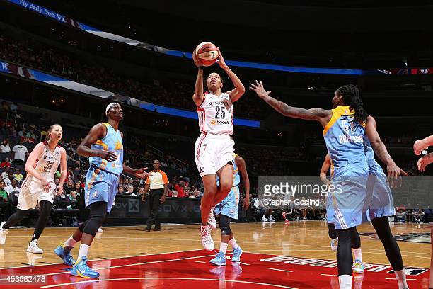 Monique Currie of the Washington Mystics shoots against the Chicago Sky at the Verizon Center on August 13 2014 in Washington DC NOTE TO USER User...