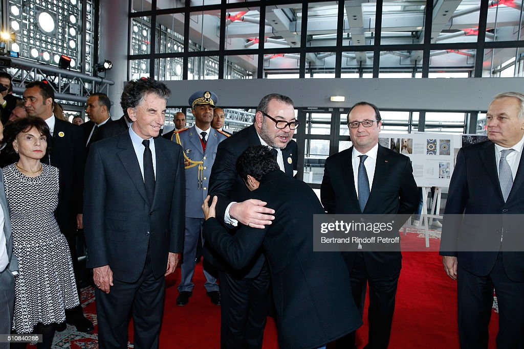Monique Lang, her husband President of the 'Institut du Monde Arabe' Jack Lang, King Mohammed VI of Morocco, Actor Jamel Debbouze, French President Francois Hollande and Minister of Foreign Affairs Jean-Marc Ayrault attend King Mohammed VI of Morocco and French President Francois Hollande present the project to create a Cultural Center of Morocco in 'Saint-Germain des Pres'. Held at Institut du Monde Arabe on February 17, 2016 in Paris, France.
