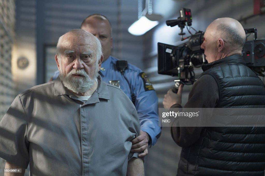 UNIT -- 'Monster's Legacy' Episode 1414 -- Pictured: Ed Asner as Dennis Schultz --
