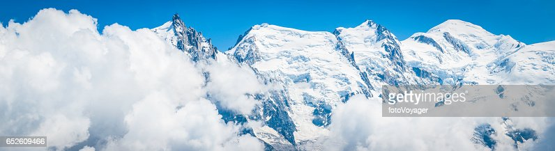 Mont Blanc summit Aguille du Midi Alps mountain panorama Chamonix : Stock-Foto