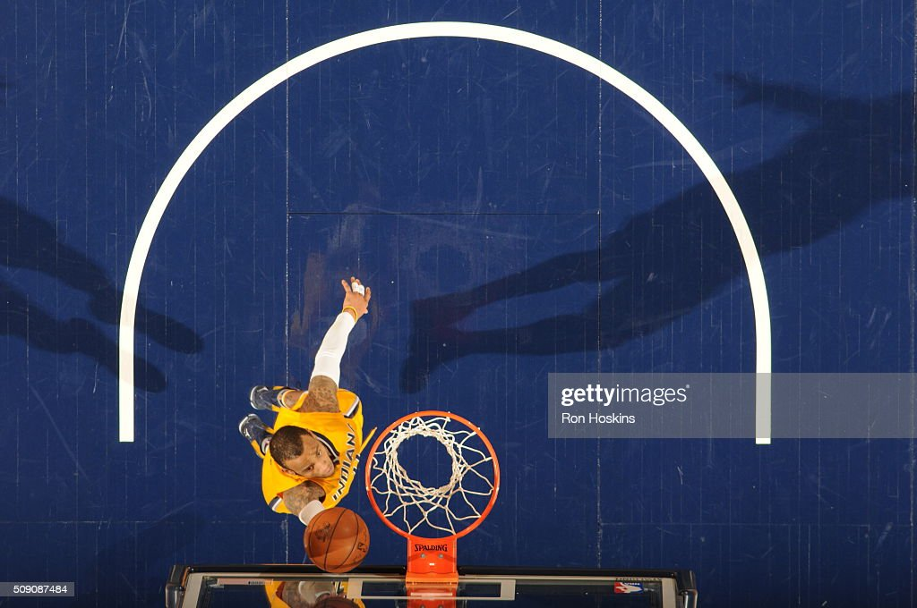 <a gi-track='captionPersonalityLinkClicked' href=/galleries/search?phrase=Monta+Ellis&family=editorial&specificpeople=567403 ng-click='$event.stopPropagation()'>Monta Ellis</a> #11 of the Indiana Pacers shoots a lay up against the Los Angeles Lakers on February 8, 2016 at Bankers Life Fieldhouse in Indianapolis, Indiana.