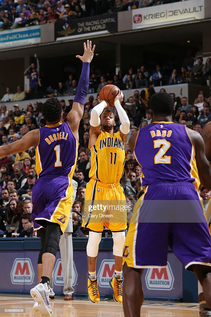 <a gi-track='captionPersonalityLinkClicked' href=/galleries/search?phrase=Monta+Ellis&family=editorial&specificpeople=567403 ng-click='$event.stopPropagation()'>Monta Ellis</a> #11 of the Indiana Pacers shoots the ball against the Los Angeles Lakers on February 8, 2016 at Bankers Life Fieldhouse in Indianapolis, Indiana.