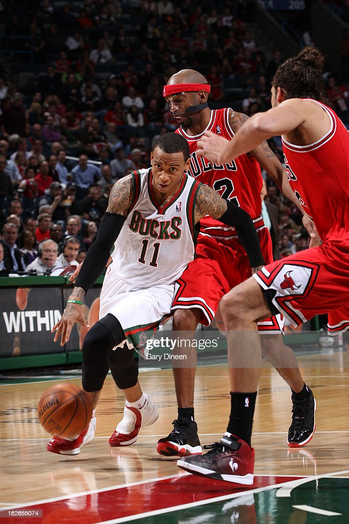 <a gi-track='captionPersonalityLinkClicked' href=/galleries/search?phrase=Monta+Ellis&family=editorial&specificpeople=567403 ng-click='$event.stopPropagation()'>Monta Ellis</a> #11 of the Milwaukee Bucks drives to the basket against the Chicago Bulls on January 30, 2013 at the BMO Harris Bradley Center in Milwaukee, Wisconsin.