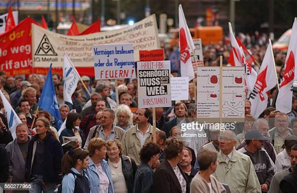 Montagsdemonstration gegen Hartz IV in Berlin