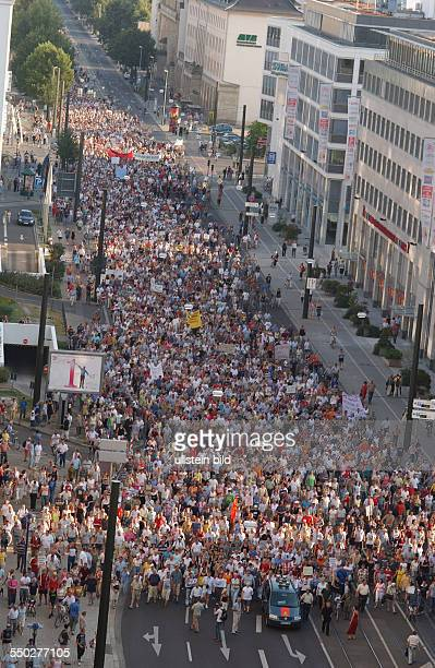 Montagsdemonstration gegen Hartz IV in Magdeburg