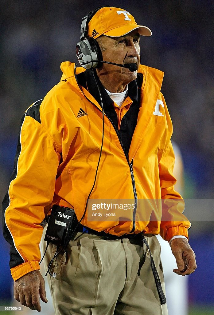 Monte Kiffin an assistant coach of the Tennessee Volunteers looks on during the SEC game against the Kentucky Wildcats at Commonwealth Stadium on...