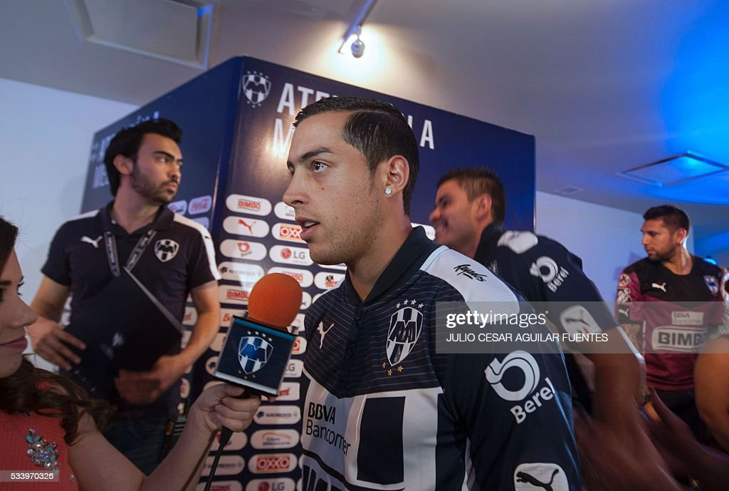Monterrey's footballer, Argentinian Rogelio Funes Mori, speaks in Monterrey, Mexico on May, 24, 2016, two days ahead of the Mexican Clausura 2016 tournament first leg final football match against Pachuca. / AFP / Julio Cesar Aguilar Fuentes