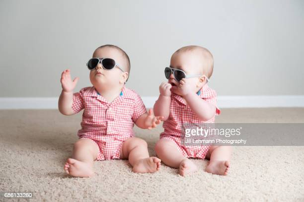 7 month Fraternal Twin Boys Play Together