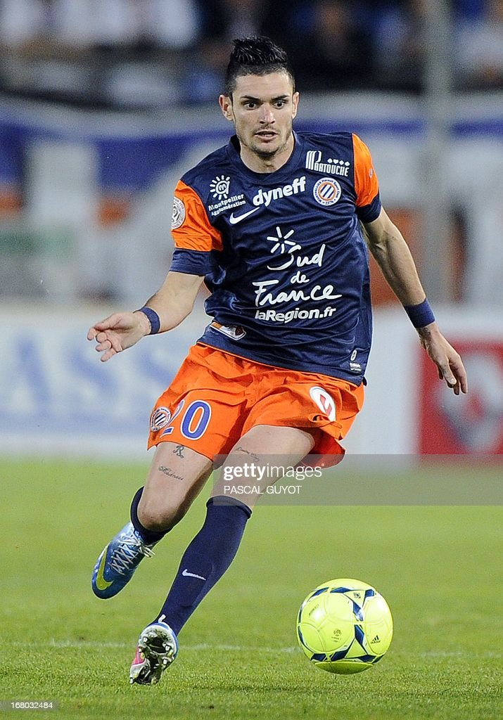 Montpellier's French midfielder Remy Cabella runs with the ball during the French L1 football match Montpellier vs Brest on May 4, 2013 at the Mosson stadium in Montpellier, southern France.