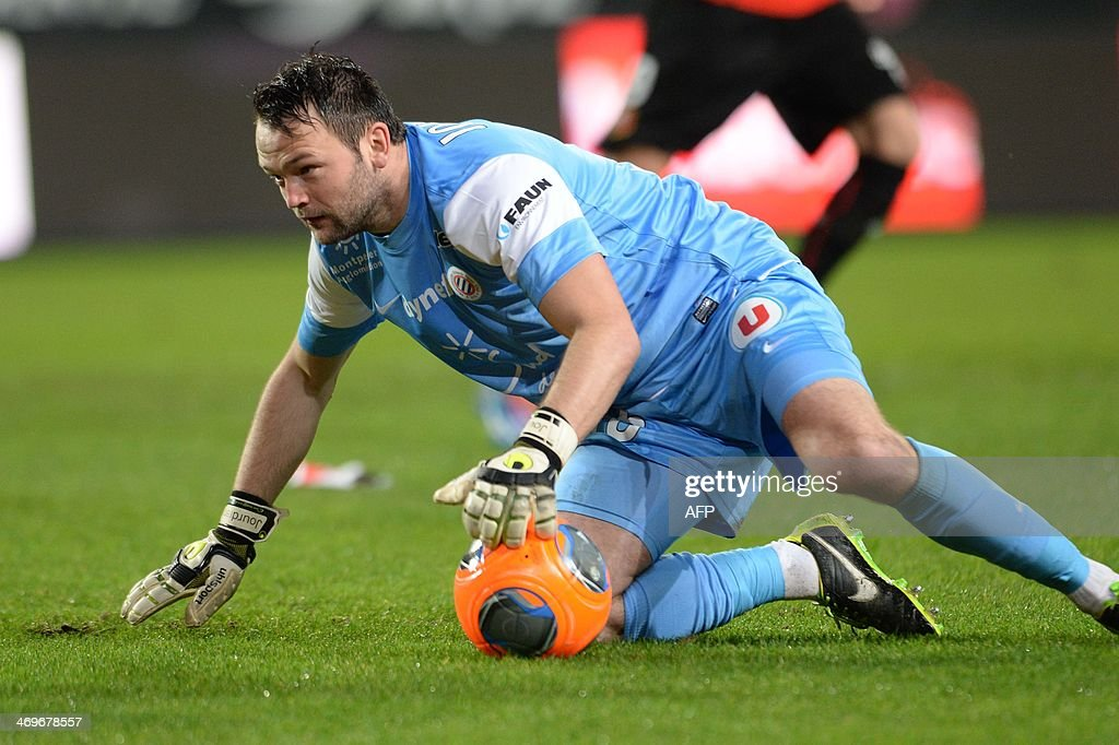 Montpellier's goalkeeper Geoffrey Jourdren stands up during the French L1 football match between Rennes and Montpellier on February 15, 2014 at the Route de Lorient stadium in Rennes, western France.