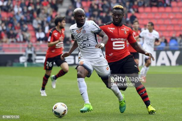 Montpellier's Malian midfielder Yacouba Sylla vies with Rennes' French defender Joris Gnagnon during the French L1 football match between Rennes and...