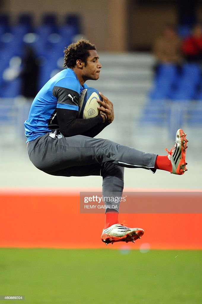 Montpellier's winger <a gi-track='captionPersonalityLinkClicked' href=/galleries/search?phrase=Benjamin+Fall&family=editorial&specificpeople=5405287 ng-click='$event.stopPropagation()'>Benjamin Fall</a> trains during the warm up prior to the French Top 14 rugby union match between Castres Olympique and Montpellier Herault at the Pierre-Antoine stadium, on Decembre 28, 2014. AFP PHOTO / REMY GABALDA